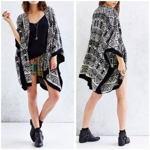 Urban Outfitters Ecote Blanket Cardigan OS